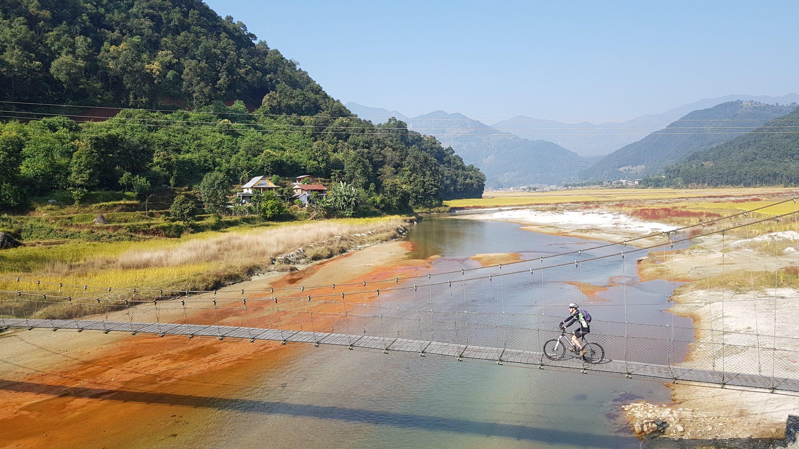 Wandelen en fietsen in Nepal, Pokhara