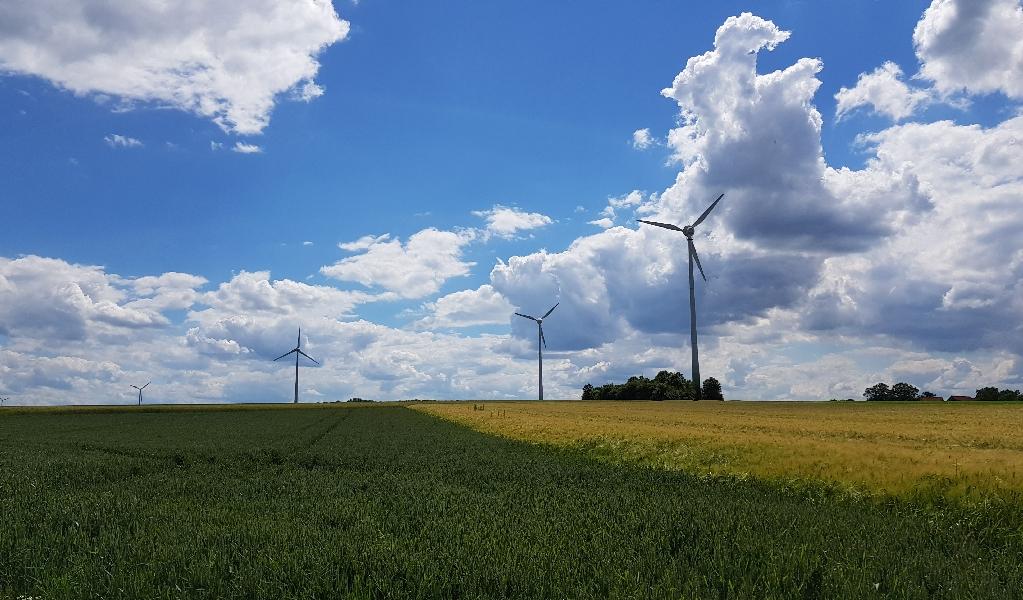 Dag 4 fietsen naar Berlijn, windmolens