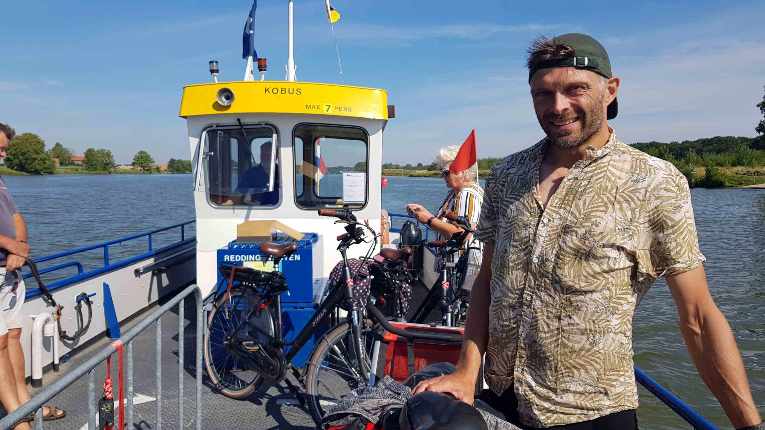 Ronde-van-Nederland-op-de-fiets-JP-pontje