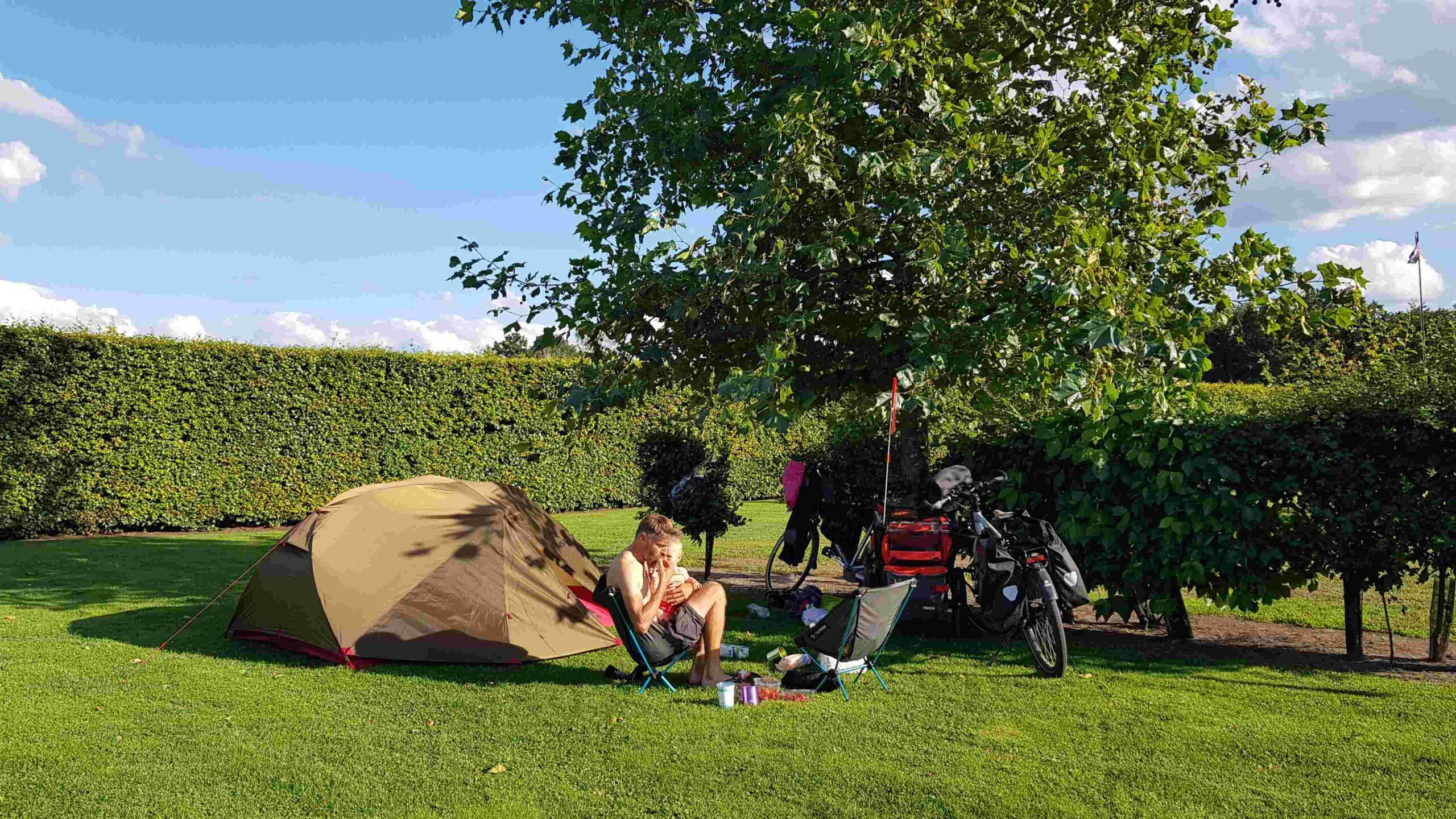 Ronde-van-Nederland-op-de-fiets-camping-Mierlo