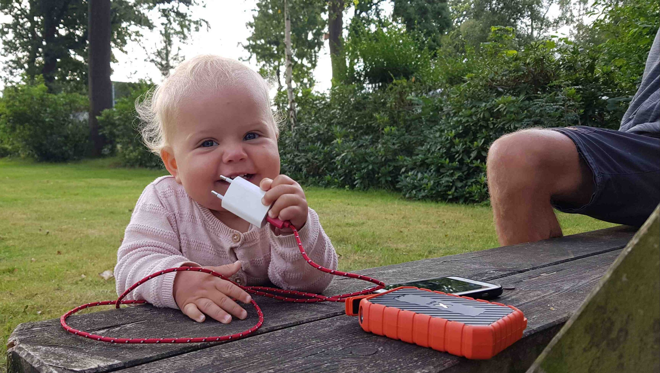 Rondje-Nederland-met-baby-op-de-camping