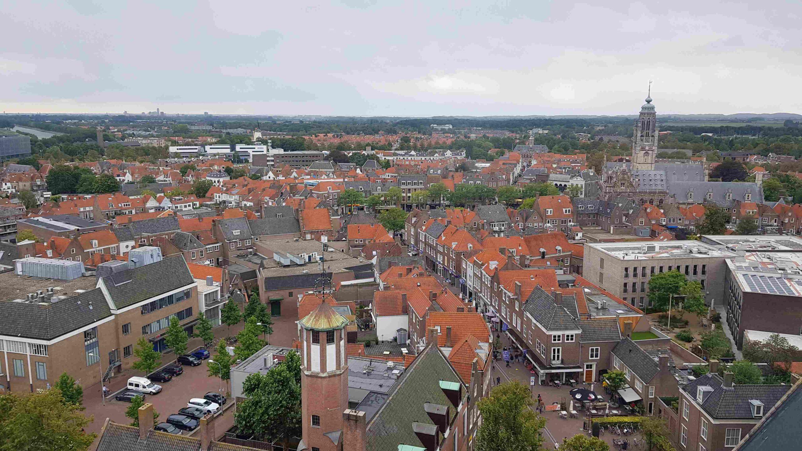 Rondje-Nederland-met-baby-uitzicht-Lange-Jan-Middelburg