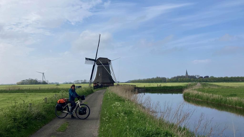 Rondje Nederland Molen bij Hantum