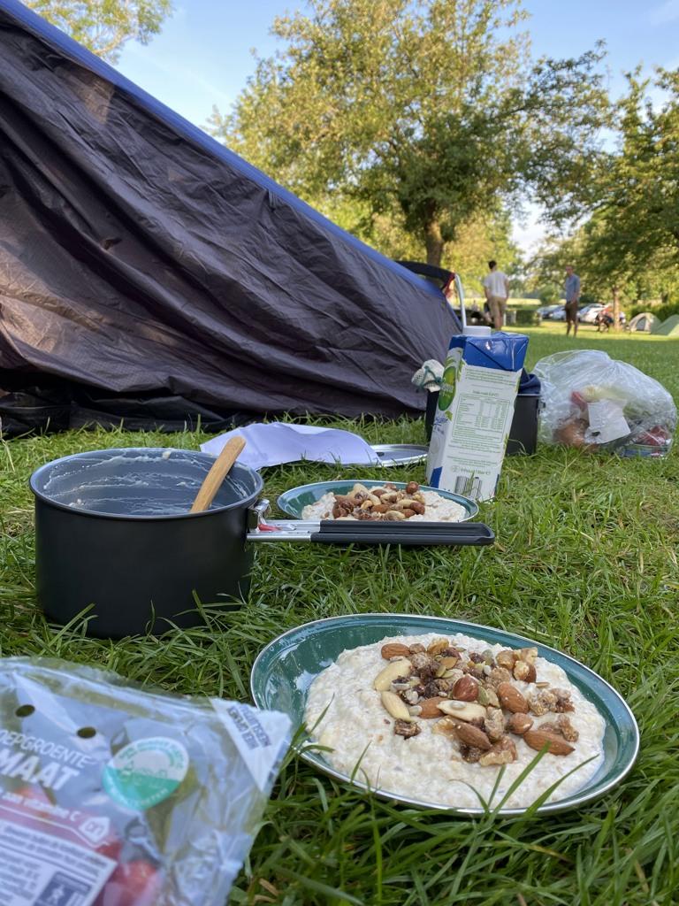 DMT etappe 2 ontbijt camping Hoeve de Gastmolen
