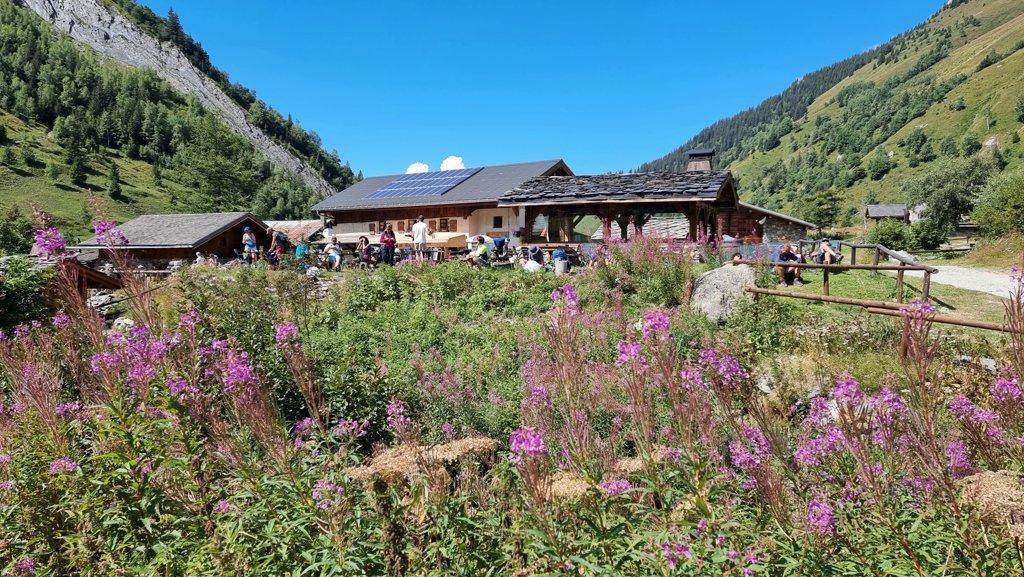 Refuge de Miage Tour du Mont Blanc